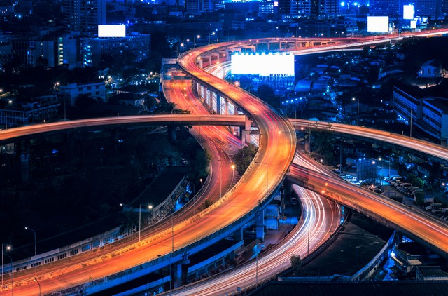 Motorway, Expressway, Freeway the infrastructure for transportat